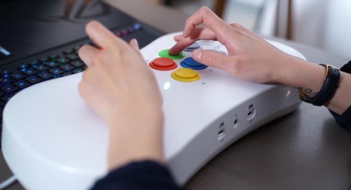 arcade stick buttons